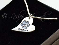pawprint-wavy-heart-necklace